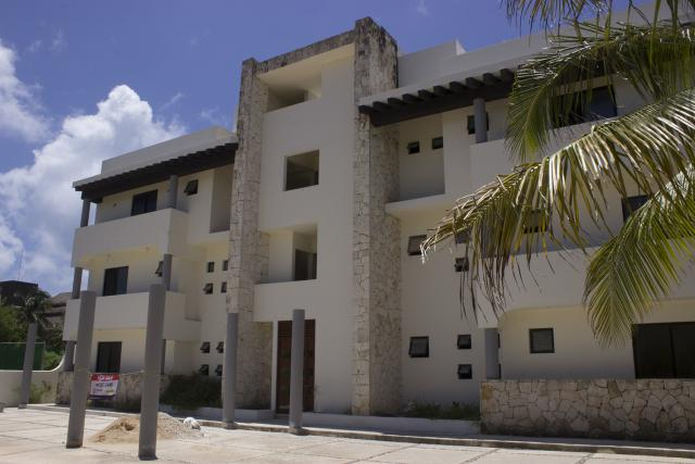 Beautiful Condo just steps from the ocean – Condo