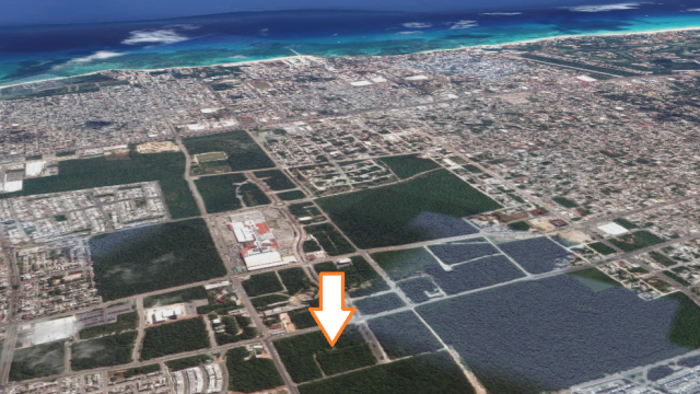Lot in the New Center of Playa del Carmen – SingleFam Lot