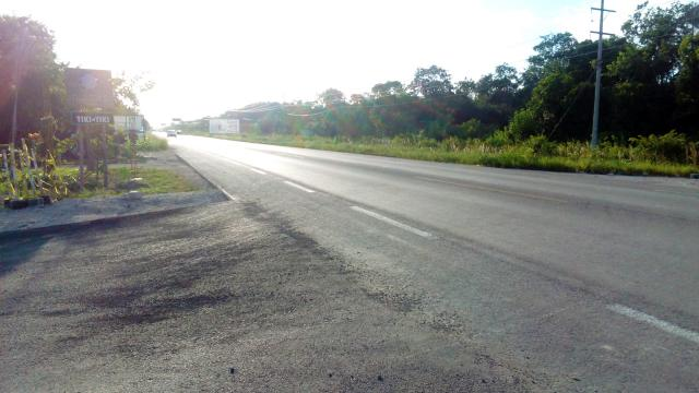 Huge lot, half a block from the main avenue in Tulum. – Lot
